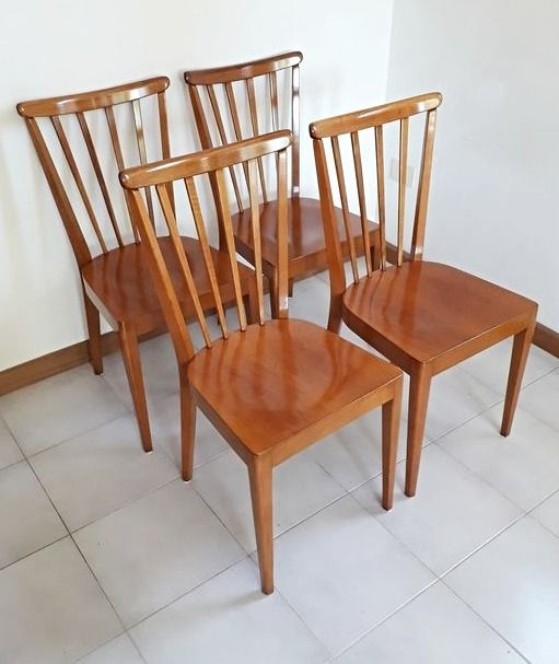 Attributed to Dal Vera - Italian Design Beech and Walnut chairs