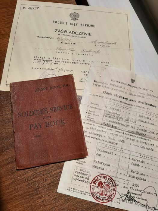 Poland/England - Unique WW2 Free Polish Forces Soldiers ID Book -  Service/Pay book - plus documents - Monte Cassino - Europe liberation - 1943