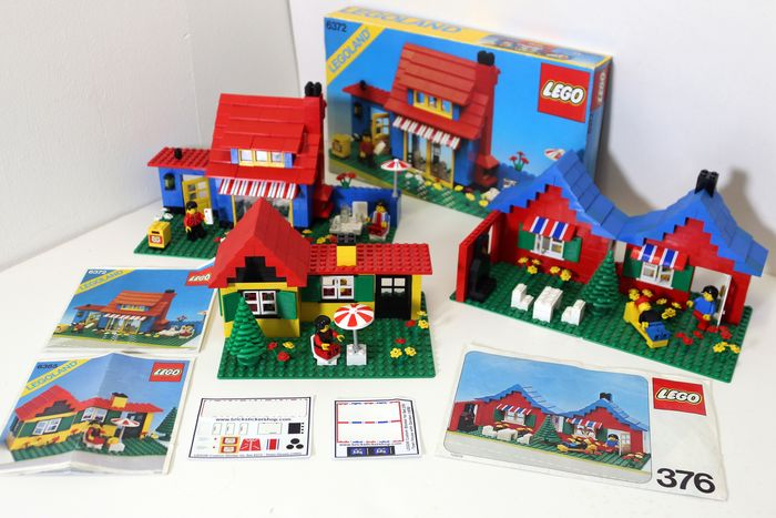 LEGO - Classic Town - 6372 + 6365 + 376 - Houses - 1980-1989