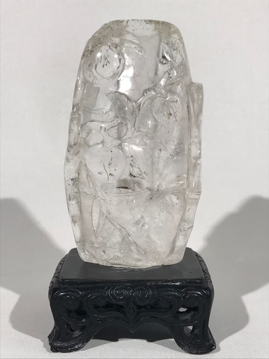 Carving, Stand, Vase - Floral - Rock cystal, Wood - Peaches - Rock crystal carving, Qing dynasty - China - Qing Dynasty (1644-1911)