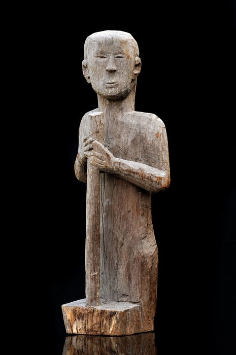 Grave sculpture (1) - Hardwood - funerary sculpture - Jarai - Vietnam