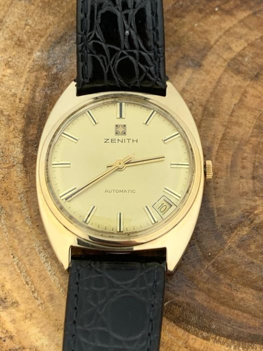 Zenith - Gent's 9k Gold Automatic - Men - 1970-1979