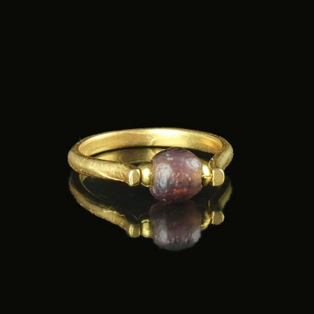 Ancient Roman Glass Ring with purple glass bead - (1)