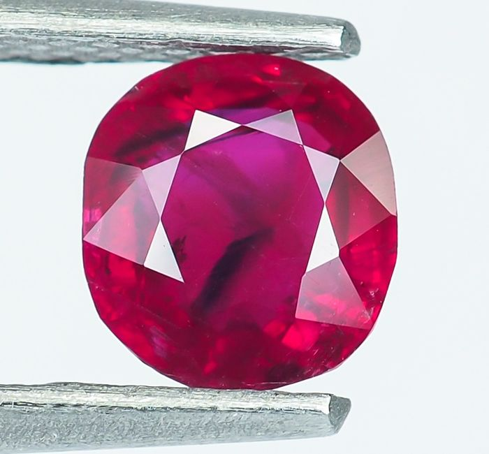 Birmanie - Rubis rouge vif - 1.02 ct