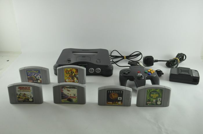 Nintendo, Nintendo 64 Console (6 Games) Nintendo 64 - Console with games