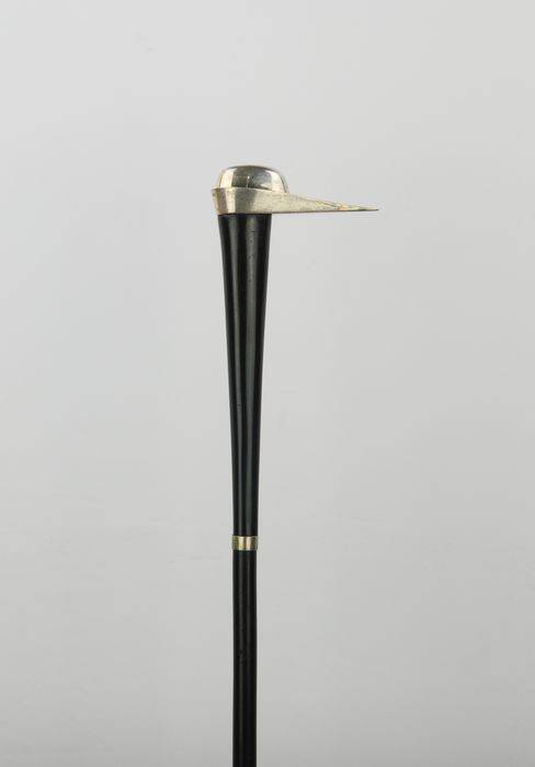 Walking stick Medieval style hat 1300 - 800 silver, horn, beech wood - Early 20th century