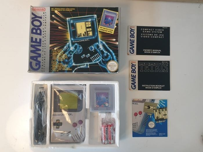 Nintendo dmg-01 1989 Rare Hard Box FAH EDITION +Data cable + Rare Poster - Gameboy Classic  - Nella scatola originale