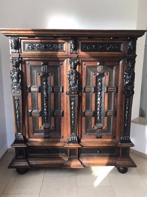 """Cupboard, a so-called """"Tendrils / Sculpture Cabinet"""" - Baroque - Ebony, Oak, Bois noirci - circa 1700 with later alterations"""