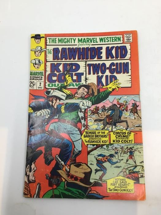The Mighty Marvel Western Featuring The Rawhide Kid , Kid Colt, Two-Gun Kid - Long run of 26 issues (#2, #6-19, 20, 22-26, 36, 42-44) - Broché - EO - (1968/1976)