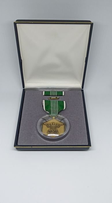 USA - Army/Infantry - U.S. ARMY Commendation Medal