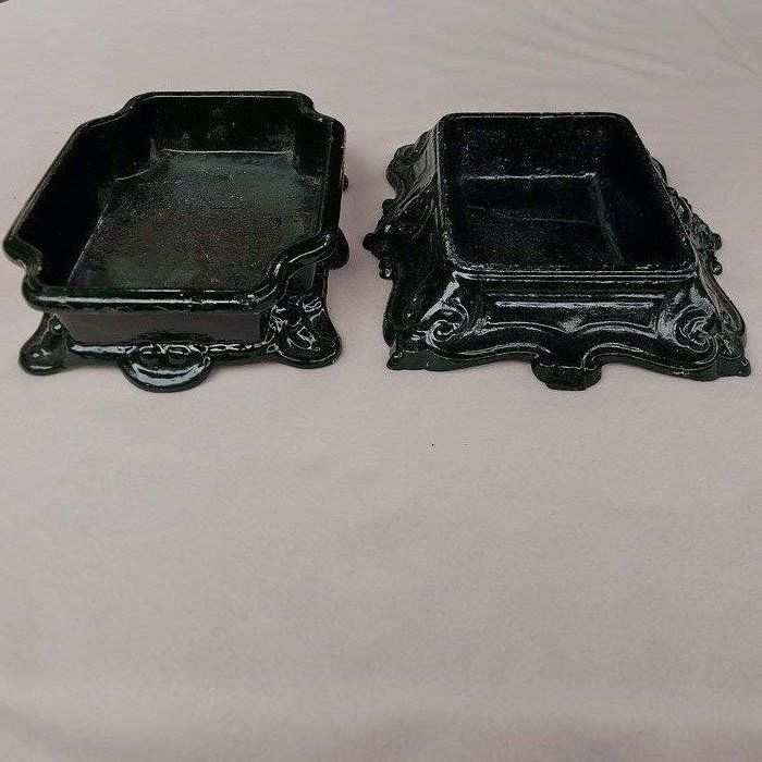 2 rare oven dishes from Godin Colin & Cie Guise Aisne - Enamel, Iron (cast) - Early 20th century