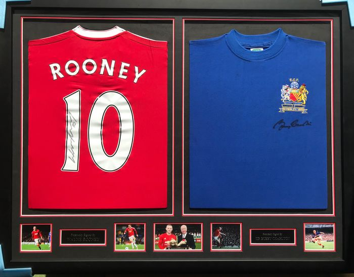 Manchester United - Champions Football League - Sir Bobby Charlton and Wayne Rooney - Jersey