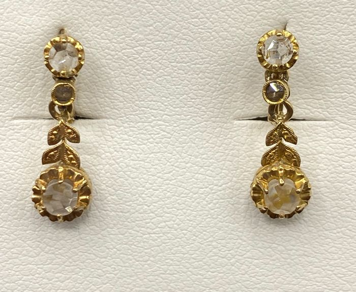 SIN PRECIO DE RESERVA - 18 kt. Yellow gold - Earrings Sapphire - Diamonds, Sapphires