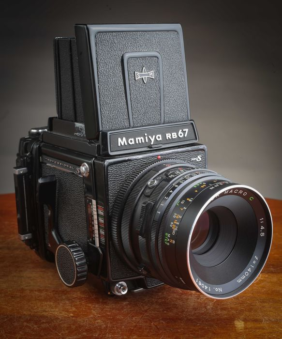 Mamiya RB 67 Pro S + roll film holder 120 + Sekor 140 mm Macro C Superbe
