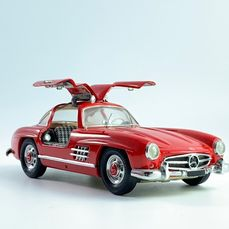Franklin Mint - 1:24 - Mercedes Benz 300 SL Gullwing red from 1954 - Precisiemodel
