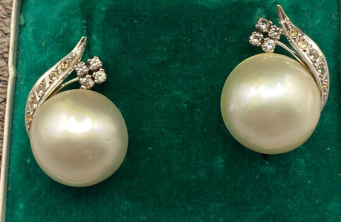 18 kt. Yellow gold - Earrings Diamond - Pearls, Sapphires