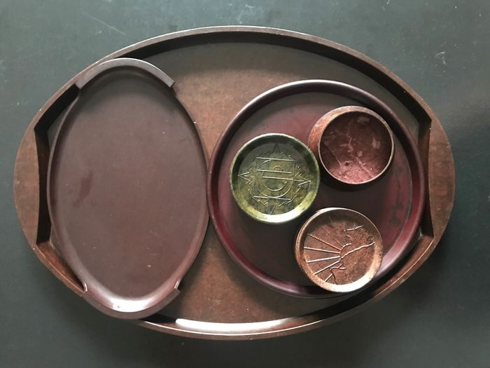 Philite - Collection of Bakelite trays and coasters (17)