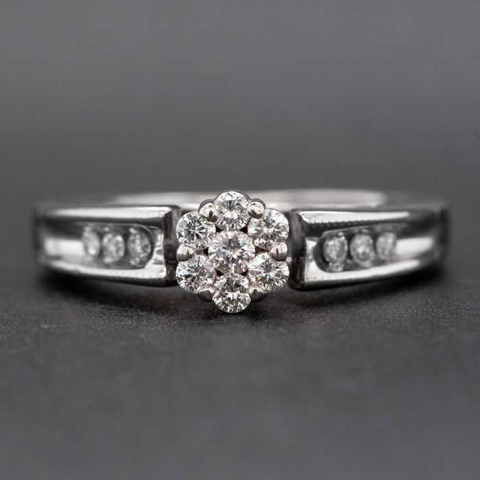 14 kt. White gold, 3.58g - Ring - 0.30 ct Diamond - No Reserve Price