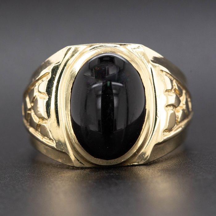 14 kt. Yellow gold, 6.24g - Ring - 3.84 ct Onyx - No Reserve Price