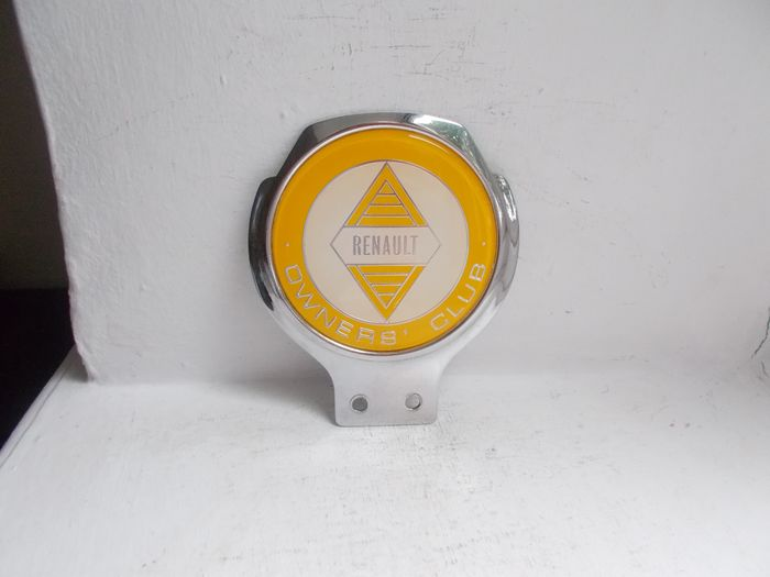 Badge - Vintage Renault Owners Club chrome on brass car badge stunning 1966 to 1979