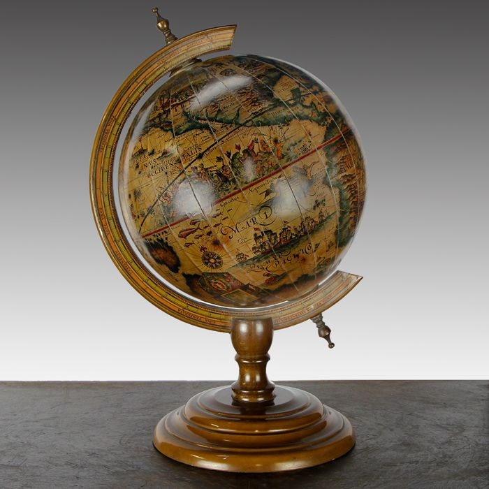Vintage world map - Graphic maps