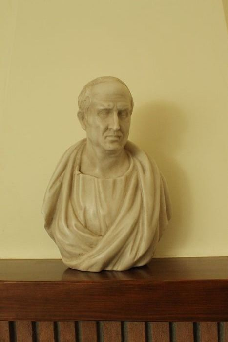 Sculpture, Guide - Marble - Late 19th century