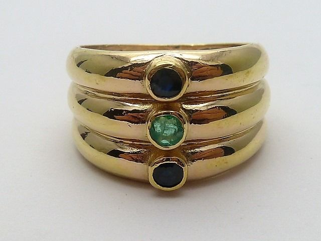 18 kt. Yellow gold - Ring - Emerald, Sapphires