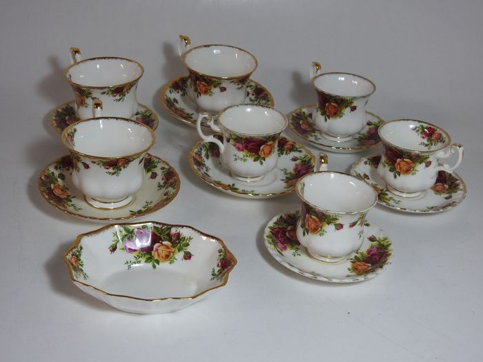 Royal Albert - 'Old Country Roses' service parts (8) - Romantic - Porcelain