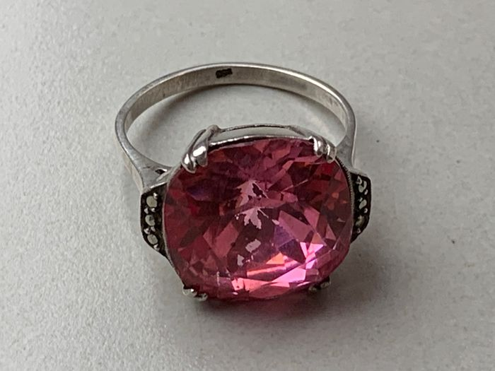 835 Silver - Ring Spinel - Marcasites handmade