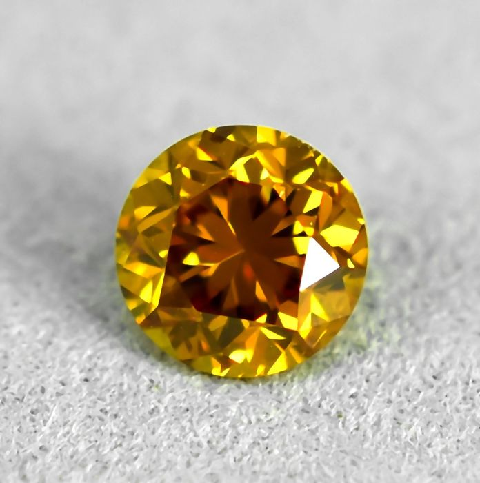 Diamond - 0.42 ct - Brilliant - Natural Fancy Orange -Yellow - Si1 - VG/EXC/VG