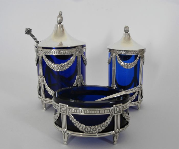 Silver table set / cruet set with blue glass liners + silver spoons - .830 silver, .925 silver - Sweden - 1975-1978