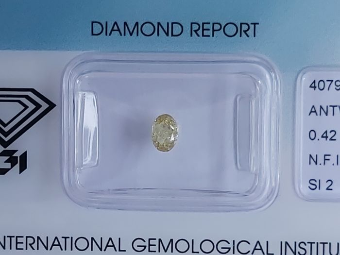Diamond - 0.42 ct - Oval - NO RESERVE - fancy intens yellow - SI2