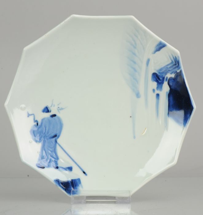 Teller - Porzellan - Antique Japanese porcelain pentagonal plate Figure with Staff - Japan - 19. Jahrhundert