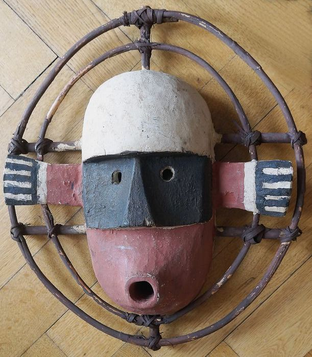 Mask - Rattan, Wood, Colour - Inuit style