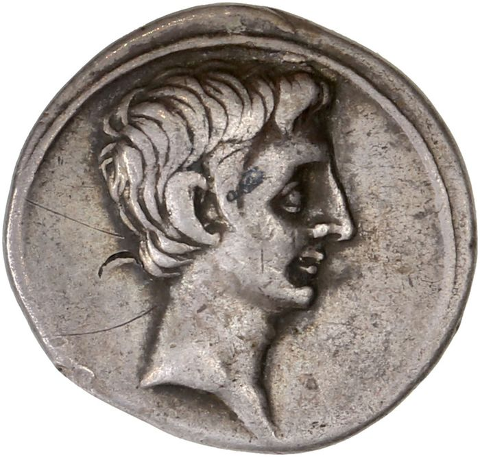 Römisches Reich - AR Denarius, Octavian as sole Imperator (30-27 BC). Mint in Italy, 29-27 BC