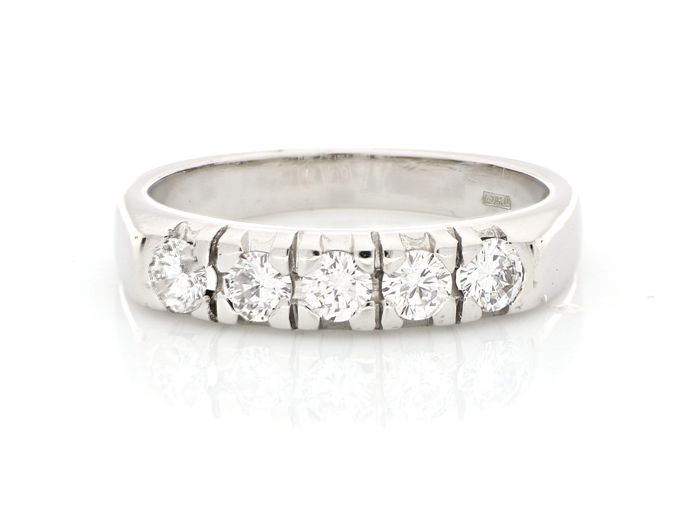 HRD certificate - 18 kt. White gold - Ring - 0.55 ct Diamond