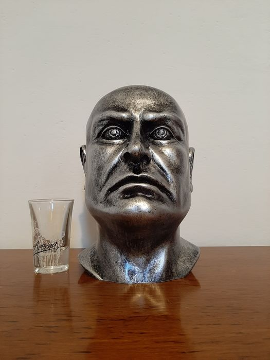 Italy - bust Mussolini, Duce