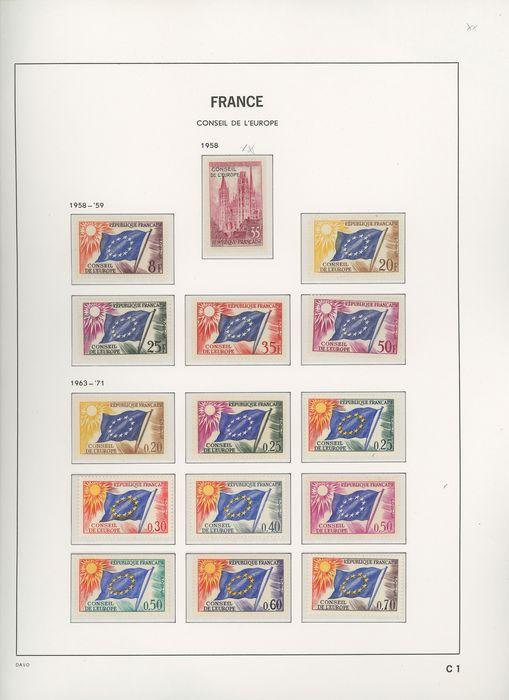 France 1958/2003 - Complete collection of stamps: official, Council of Europe, UNESCO. - Yvert Complet entre les n°16 et 129