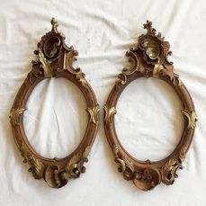 Oval frames in pendant pair carved in walnut with gold highlights - Late 19th century (2) - Baroque - Walnut - Second half 19th century