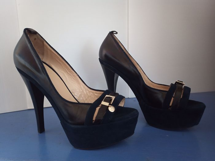 Elisabetta Franchi Pumps - Size: IT 40