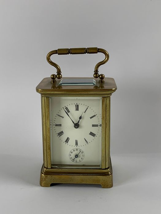 Small travel alarm clock going and alarm work - Brass - Late 19th century