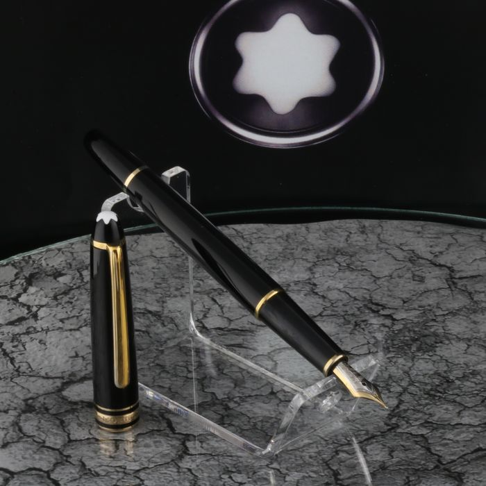 Montblanc - Fountain pen - Meisterstuck 144 - Black 18K 750 Gold Nib 4810 - Polished & Cleansed New Condition of 1