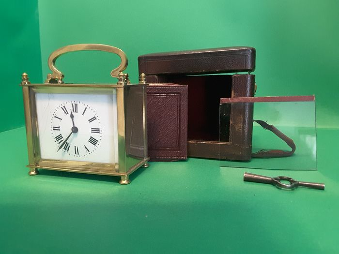 Antique Table Clock / Officier Travel / Mrescialla / Cappuccina - Brass End 800 First 900 - - bronze brass - Late 19th century Early 20th century