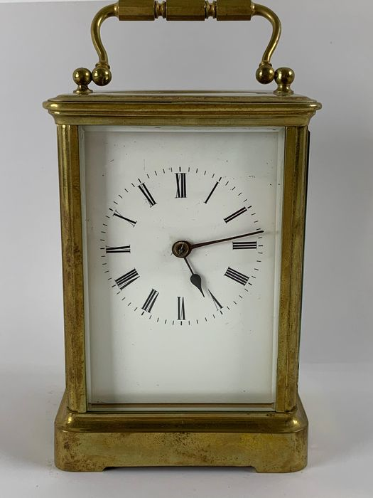 Travel alarm clock going and percussion - Houbigant - Brass - 19th century