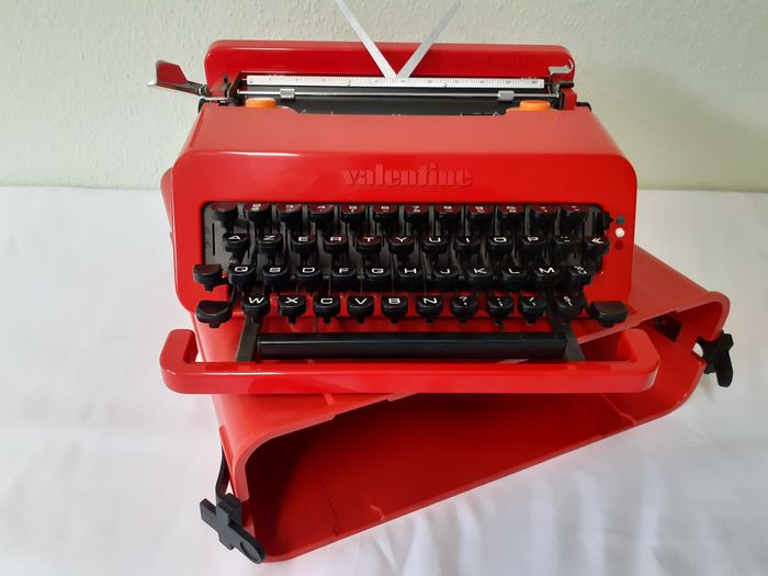 Ettore Sottsass, Perry King - Olivetti - Typewriter - Valentine S