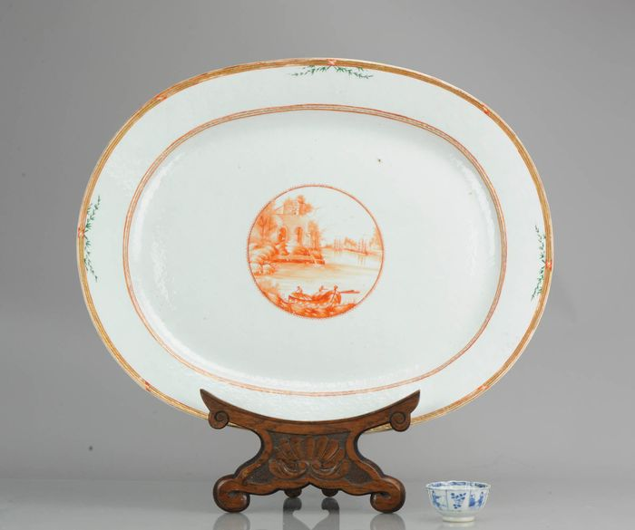 Bajoplato - Porcelana -  Huge 55.5CM Antique 18C Serving Platter Qing Chinese Porcelain Chine de Commande - China - siglo XVIII