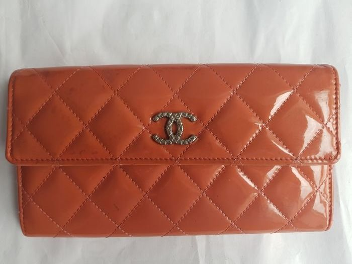 Chanel - CC Timeless Patent Leather Long Purse/ Wallet
