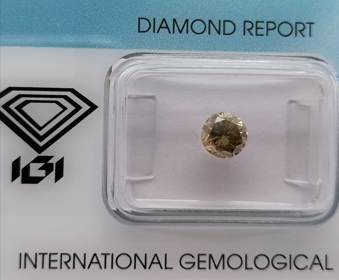1 pcs Diamond - 0.81 ct - Brilliant - Natural fancy yellowish brown - ***no reserved price***si2