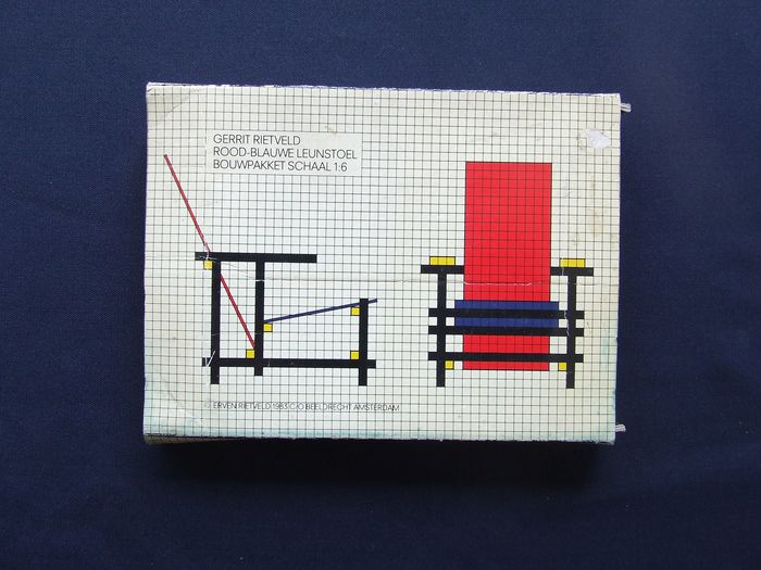 Gerrit Rietveld - kit red-blue armchair