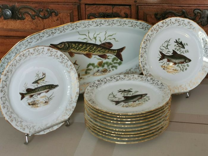 M & S - FISH table service - 12 people - Fine porcelain from France